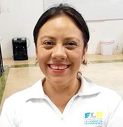 Valeria Pérez - Líder de Apicultura - legorretahernandez.com